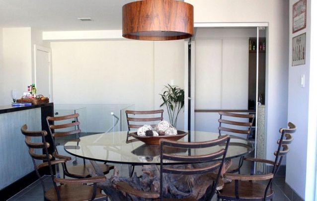 Tendências de decoração de sala de jantar para deixar o ambiente moderno Foto 19