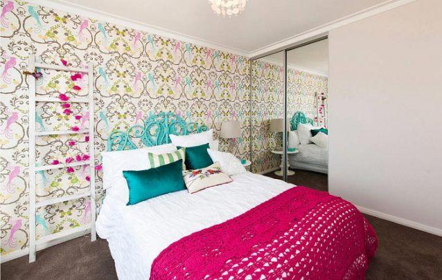 Uma linda e colorida opção para um quarto de menina adolescente