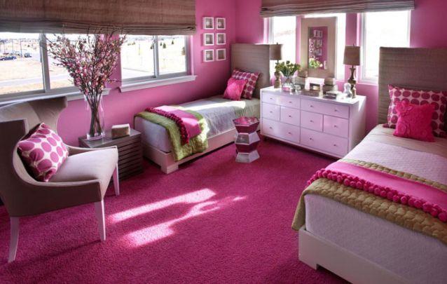 Mais uma combinação descontraída para compor um quarto colorido adolescente