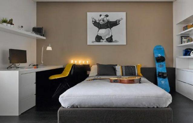 Uma decoração leve e tradicional para quarto de adolescente menino