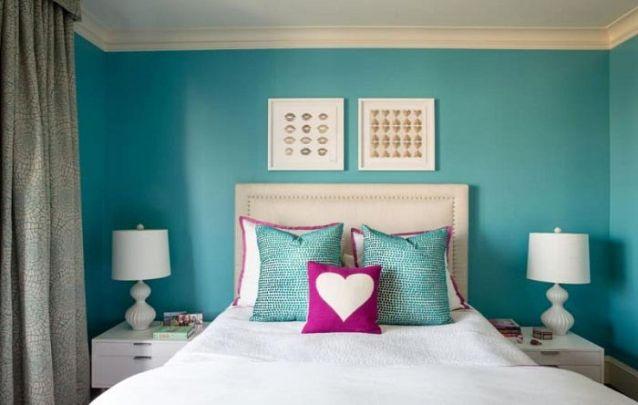 O azul remete a tranquilidade, por isso é uma cor muito usada em quartos