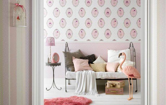 Uma ótima opção de papel de parede para compor um quarto de menina decorado