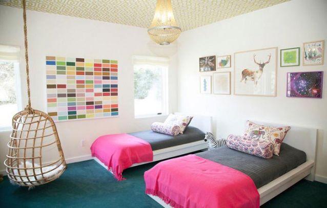 Uma decoração de quarto de menina que facilmente acompanhará suas filhas por muito tempo