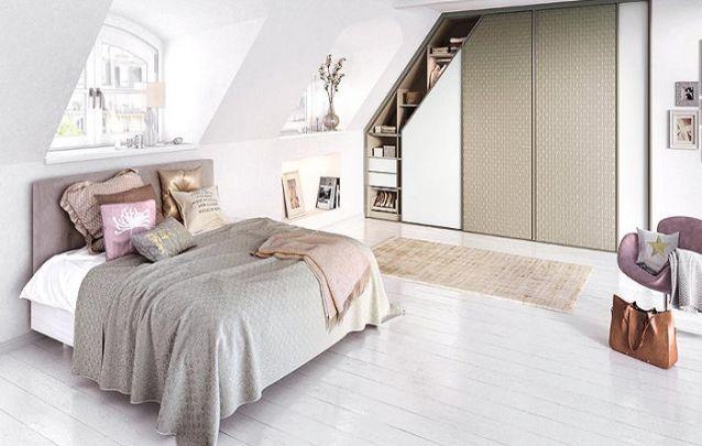 O nicho do guarda roupa planejado acompanha de maneira notável o grau do teto