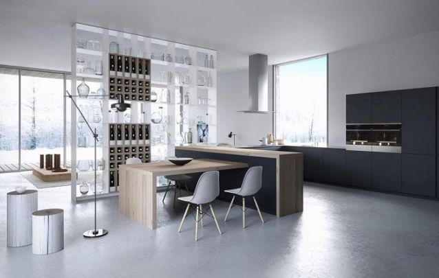 Você pode criar uma peça de destaque que seja funcional, assim como esta estante vazada para acomodar vinhos e cristais