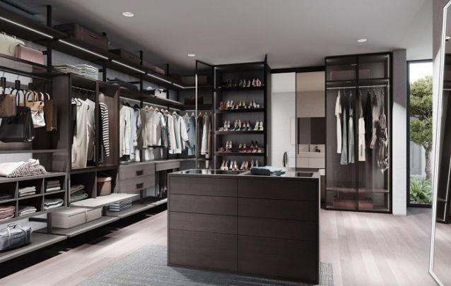 O closet também é um ambiente que requer móveis planejados para uma maior eficiência