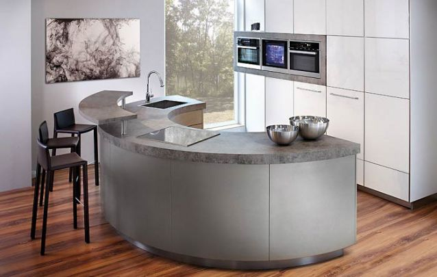 E para inovar em sua cozinha americana, que tal uma bancada arredondada?