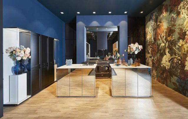 Bancadas em espelho para uma cozinha americana imponente!