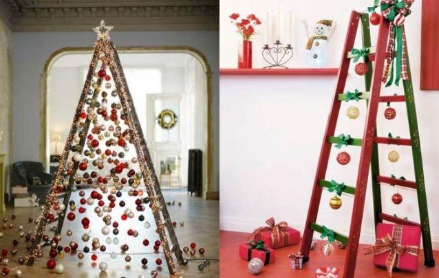 Uma escada pode se tornar uma linda arvore de natal com a decoração certa