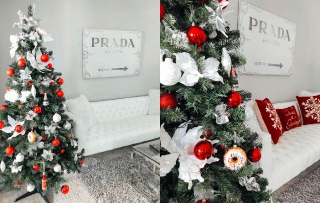 Decoração de natal tradicional com vermelho, branco e prata
