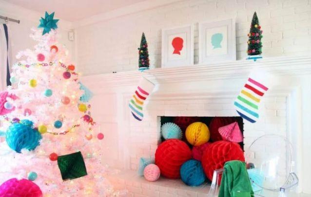 Fuja do tradicional e aposte nas cores para a sua decoração deste ano!