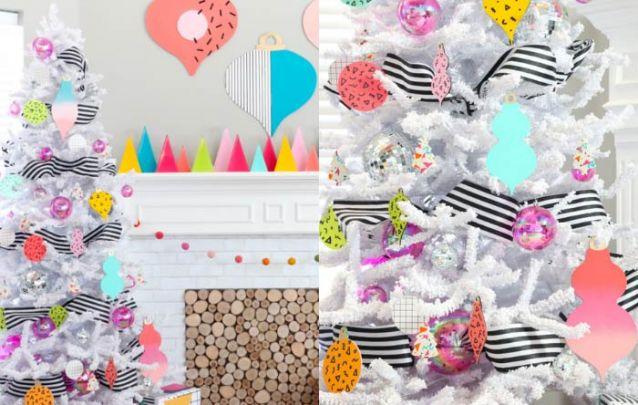 As bolinhas furta-cor trazem um toque especial para esta decoração de natal