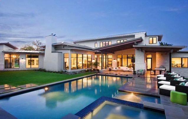 Uma casa moderna, porém, contemporânea