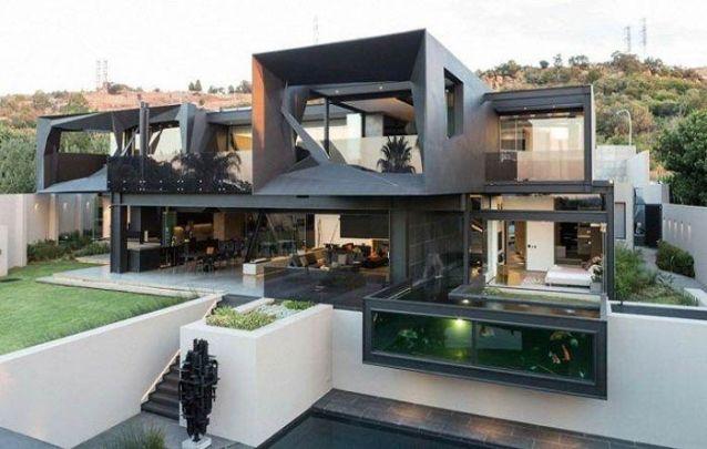 Está em busca de casas modernas? Aqui está um belo exemplar deste estilo