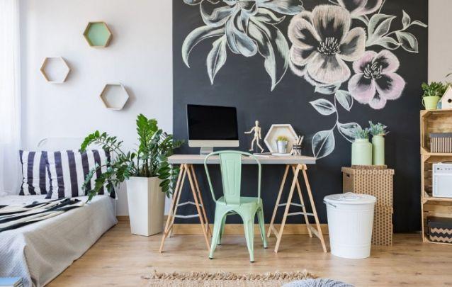 Na falta de espaço, aposte em um home office em seu quarto