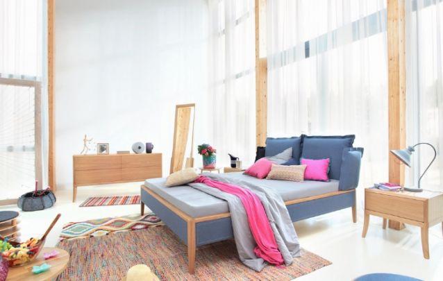 As cortinas feitas com tecidos leves deixam o ambiente mais fresco