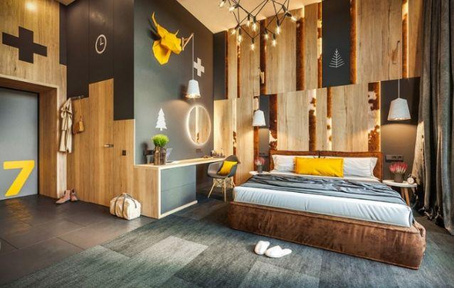 Que tal este quarto decorado rústico, contemporâneo e inusitado?
