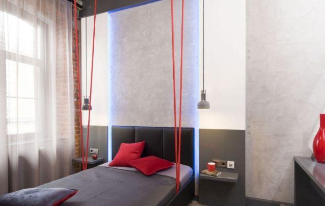 Cinza e vermelho, um duo clássico das decorações