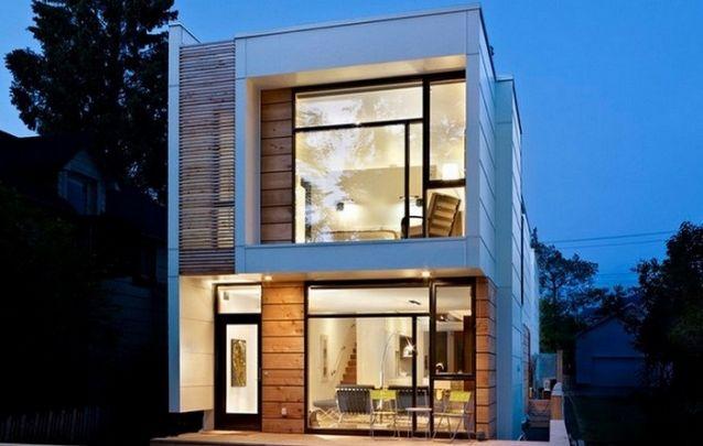 Um projeto de casa perfeito para terrenos estreitos porém compridos