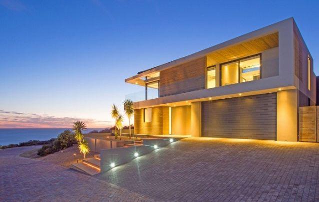 Um projeto de iluminação é capaz de valorizar ainda mais o design de uma casa