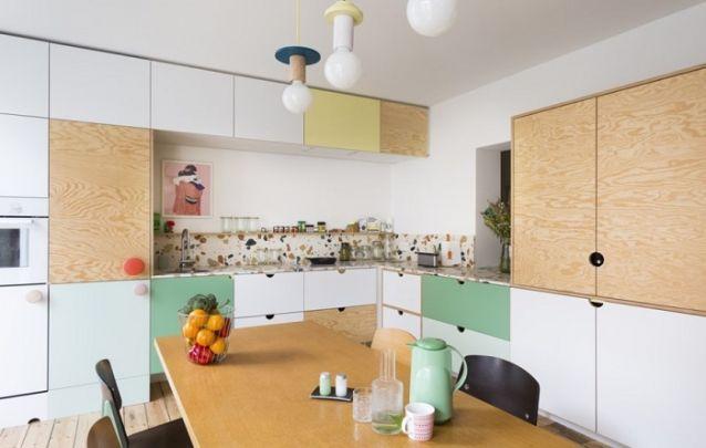Design contemporâneo e inusitado para uma cozinha planejada