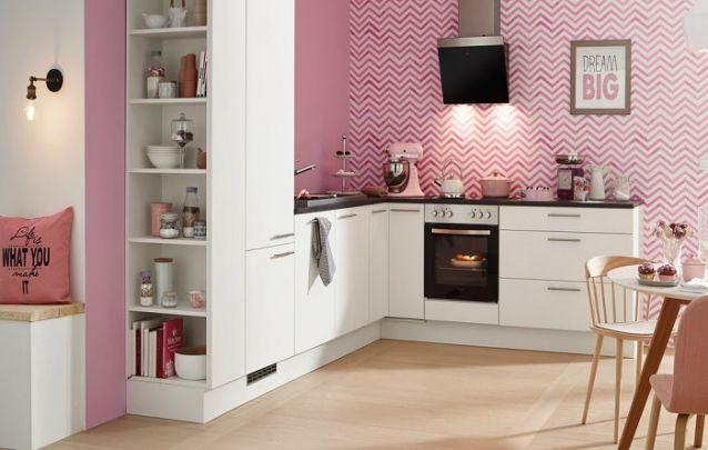 E para as mulheres, que tal uma cozinha planejada em L cor-de-rosa?