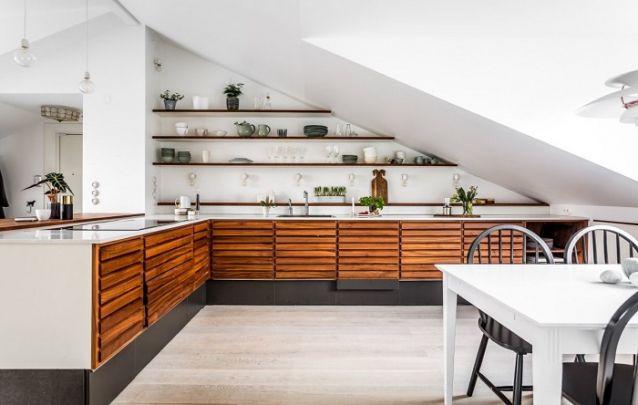 Uma cozinha planejada em L pode ser instalada em qualquer espaço, e este modelos é um bom exemplo disto