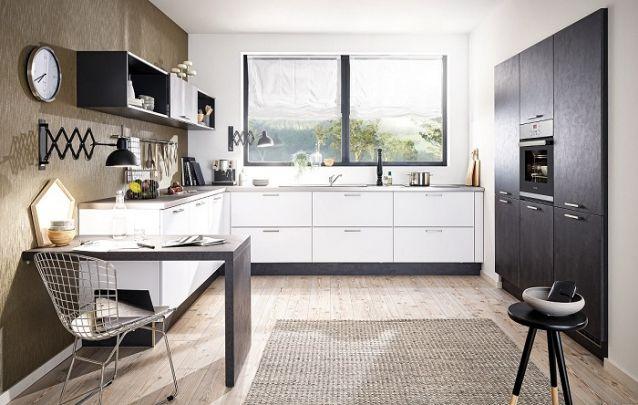 Cozinha em L clássica e funcional