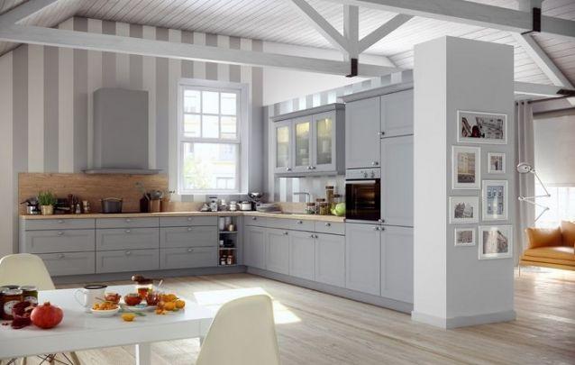Cozinha planejada em L mescla o rústico com o moderno