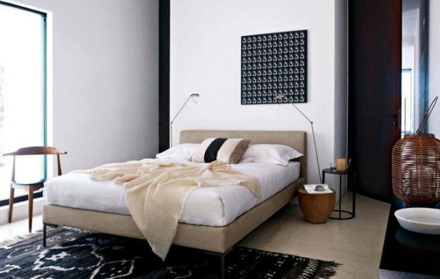 Lindo quarto feminino com uma paleta de cores sóbrias