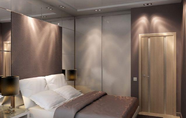 O espelho aparece novamente atrás da cama para trazer a ilusão de amplitude