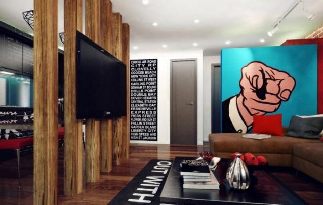 As colunas de madeira foram utilizadas de maneira original para separar os ambientes integrados, e ainda para trazer a função de painel para tv. Ótima dica para um ambiente com pouco espaço.